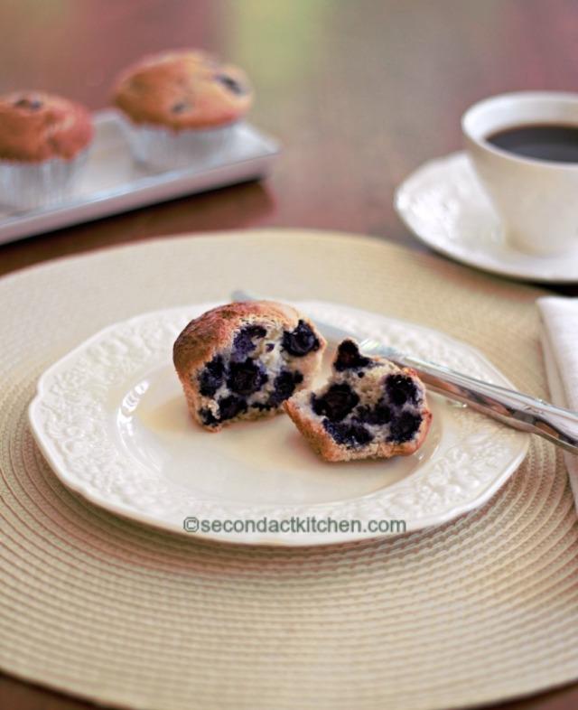 gluten free wm blueberry muffin IMG_4263 (2)